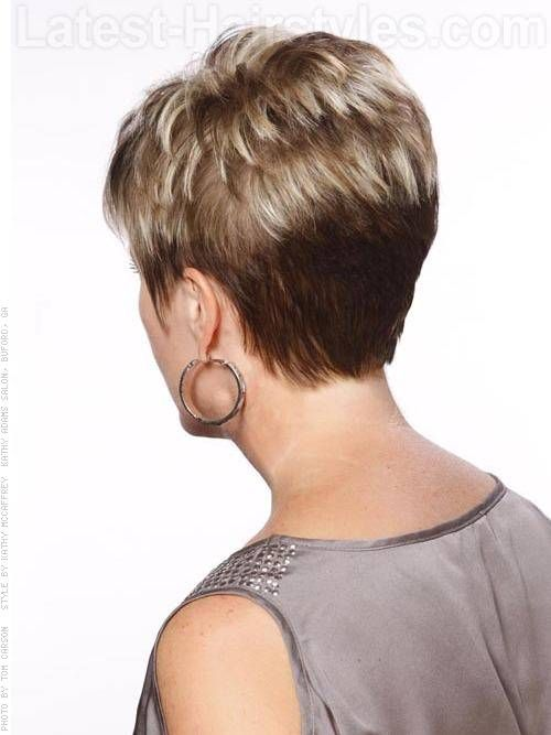 Layered Pixie Cut Short Razor Hairstyle Is Tapered Into The Back With Diffe Layers Up