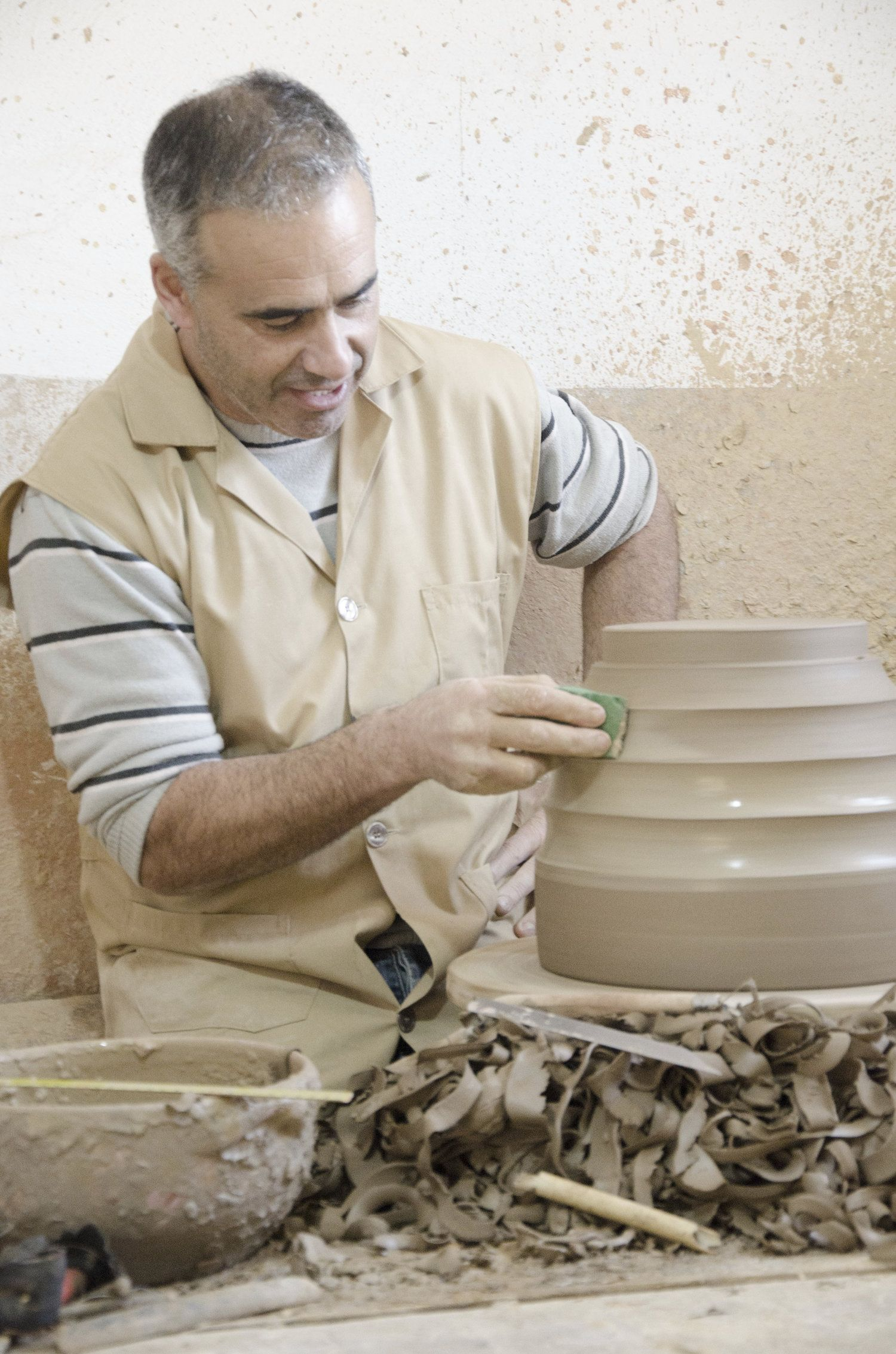 Conventional clay pots made by hand by Rui, the Portugese ceramist. For Cactus Copenhagen