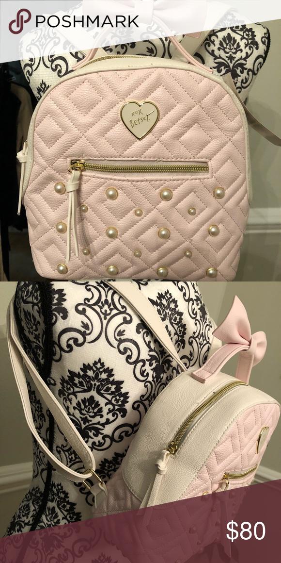 d0ac6efcbd9d BETSEY JOHNSON MINI BACKPACK 🎀 This super cute mini backpack from Betsey  Johnson is brand