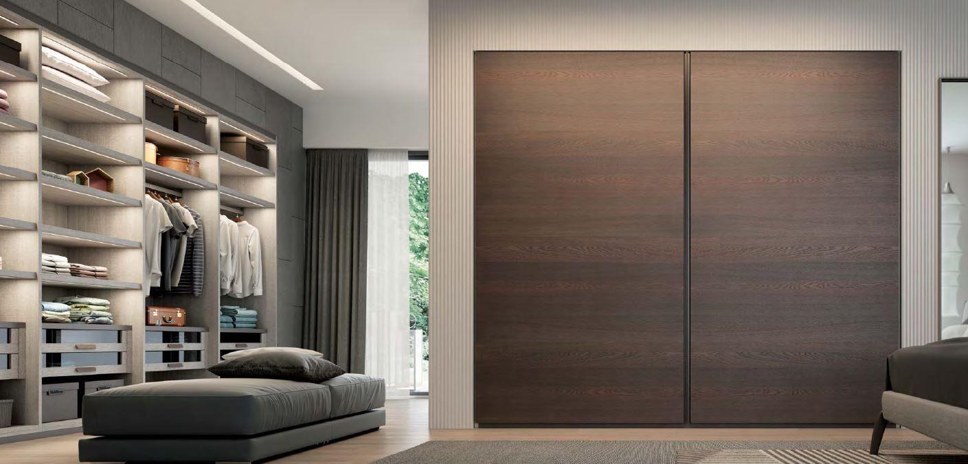 The Raggio Is An Ultra Modern Wardrobe Due To Its Modern Design