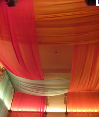 Tented Ceiling 布天井 インテリア アジアン 白いベッドルーム