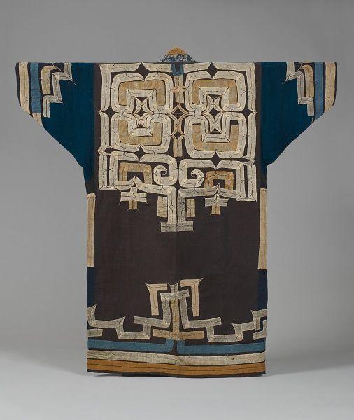 Robe with applique, ruunpe. Hokkaido Ainu. cotton ground, silk and cotton. 19th century. l.124.0cm.