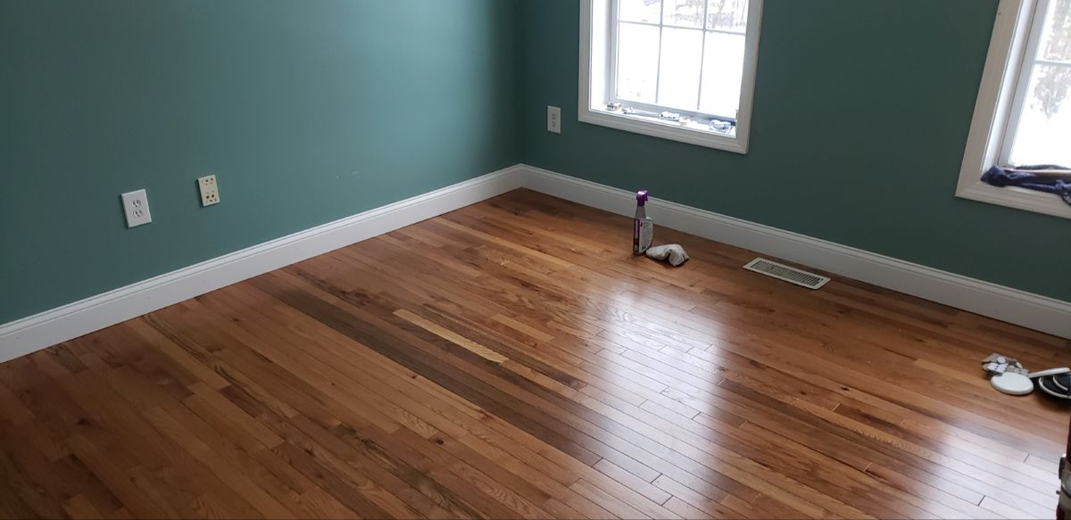 Prefinished Red Oak Hardwood Floor Installed By Snhwoodworks In 2020 Installing Hardwood Floors Red Oak Hardwood Floors Oak Hardwood Flooring