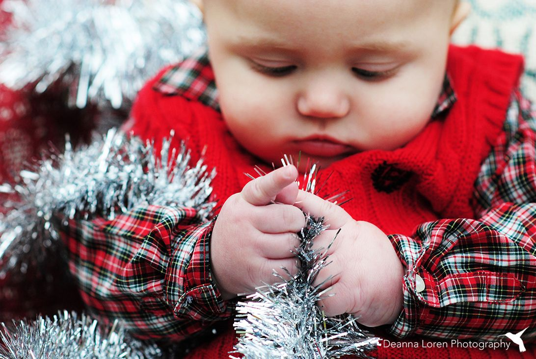 d192559c2cb 4-month-old baby boy Christmas picture ideas