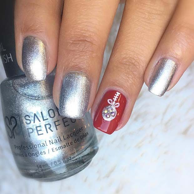 43 Pretty Holiday Nails to Get You Into the Christmas Spirit
