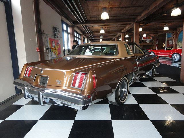Best Mine Was This Same Milk Chocolate Brown With A Vinyl Roof Pontiac Grand Prix Vinyl Roofing 400 x 300