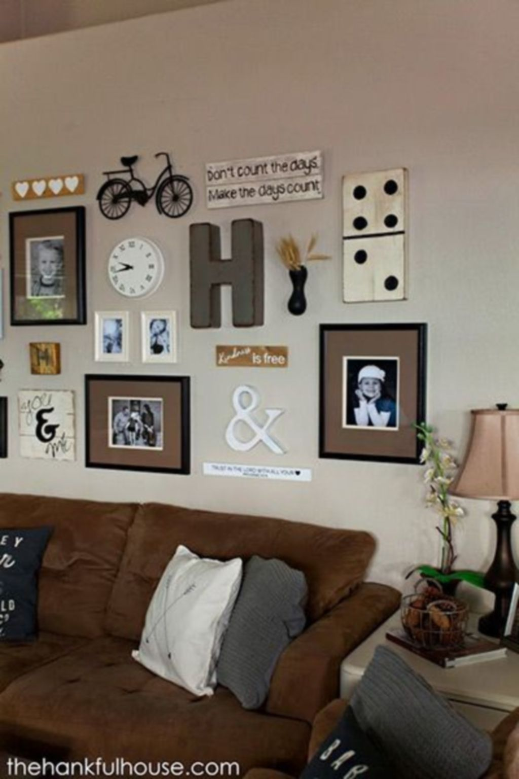 attractive arrangement ideas for family photos15 interior on family picture wall ideas for living room furniture arrangements id=41555