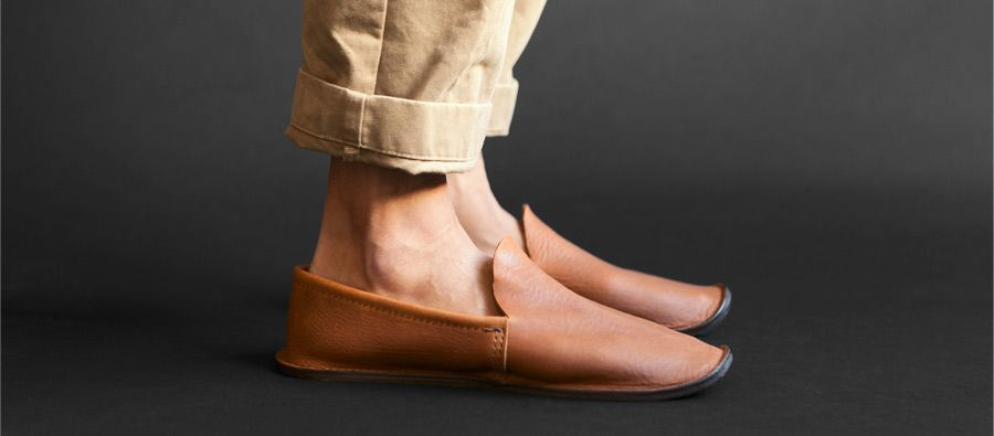 hand cut vegetable tanned leather slippers with wool felt insole