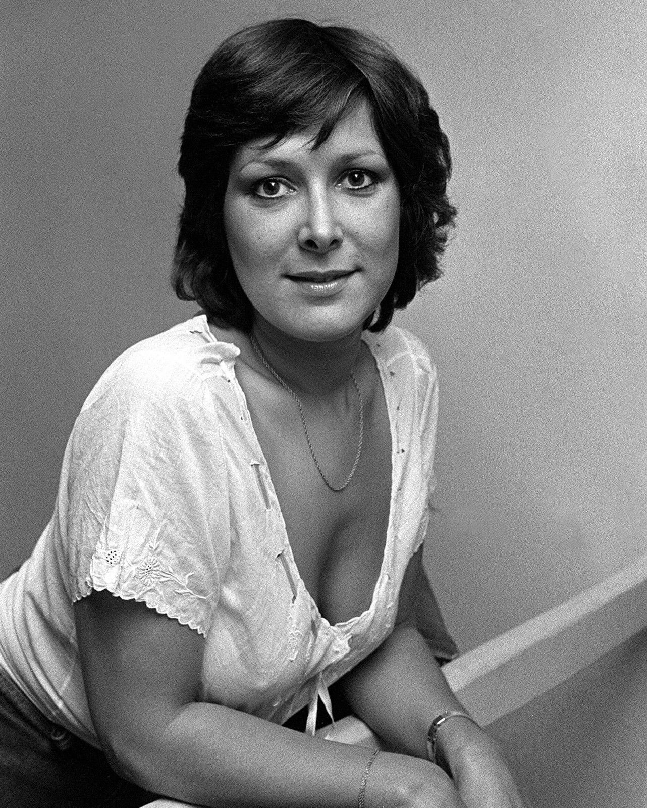 Lynda Bellingham Nude Photos 81