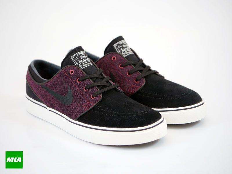 57a1de2e44 Nike SB Zoom Black/Black-Team Red-Ivory 2014 edition by Stefan Janoski