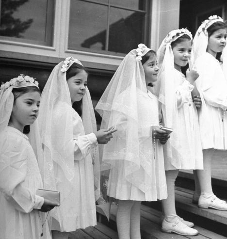National Proposal Day: Patti Stanger Judges 7 Viral Engagements #confirmationdresses Not published in LIFE. A view of the Dionne Quintuplets posing in their confirmation dresses on day of their first Holy Communion, 1940. #confirmationdresses National Proposal Day: Patti Stanger Judges 7 Viral Engagements #confirmationdresses Not published in LIFE. A view of the Dionne Quintuplets posing in their confirmation dresses on day of their first Holy Communion, 1940. #confirmationdresses National Propo #confirmationdresses