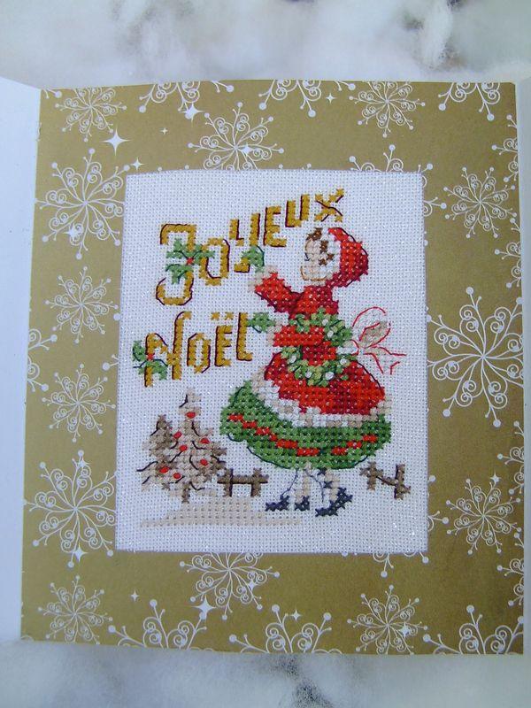 ATC et carte de Noël - Corinne suit son fil   Point de croix noel, Carte noel et Broderie de noël