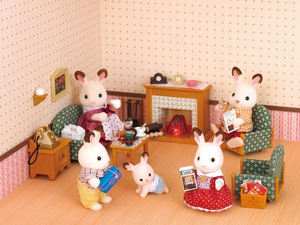 Best Amazon Com Calico Critters Deluxe Living Room Set Toys 400 x 300