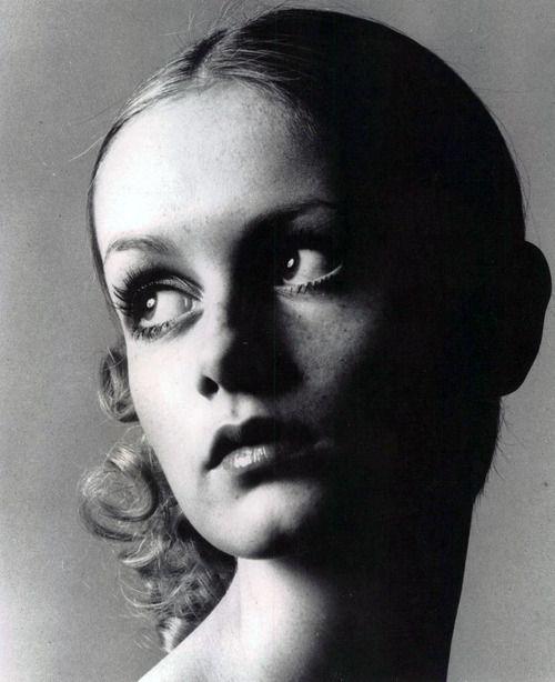Twiggy, 1967. S)