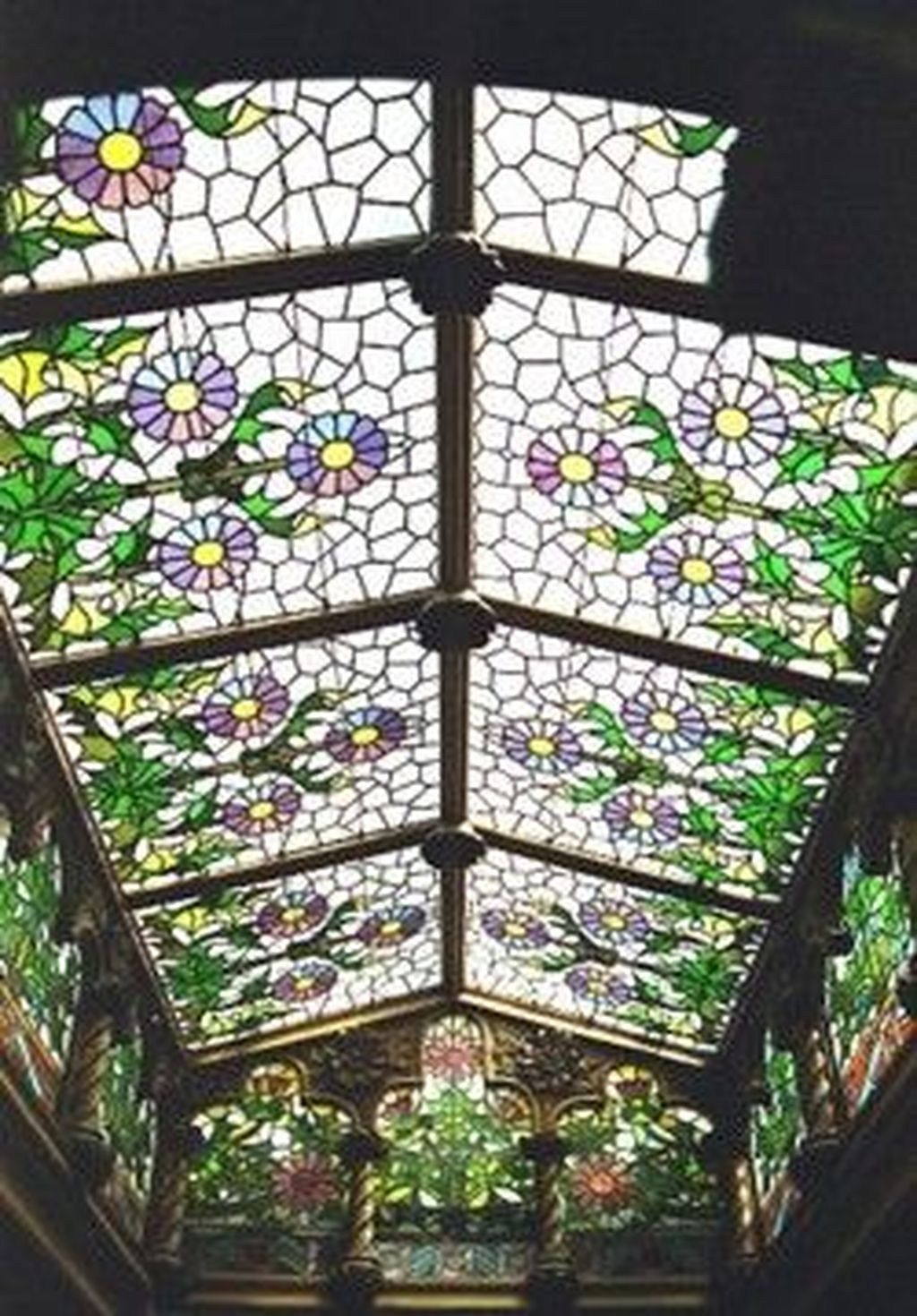 48 Luxury Glass Ceiling Design Ideas In 2020 Glass Roof Ceiling Design Stained Glass