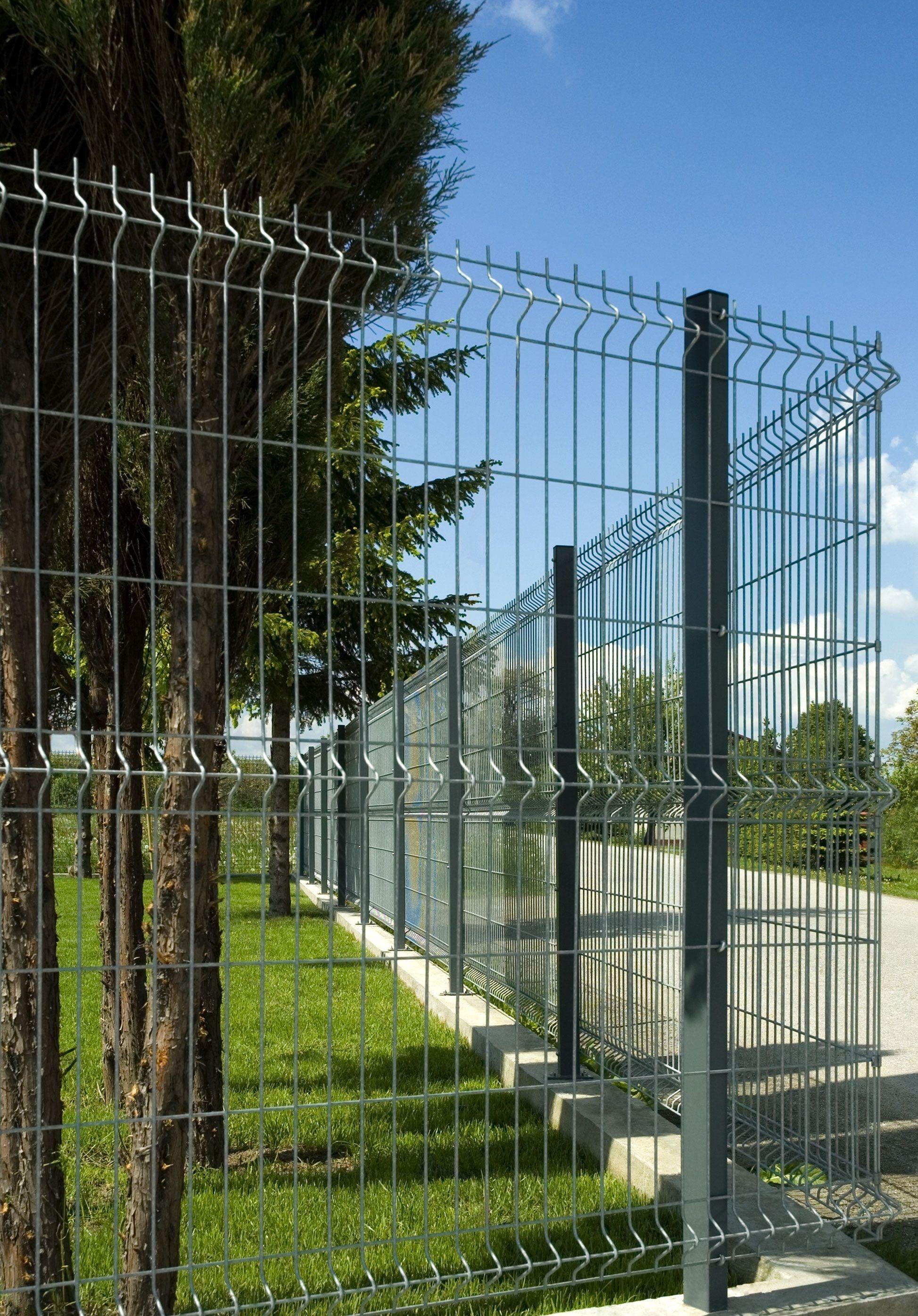 Stabmattenzaun Verzinkt Mit Ubersteigschutz Wir Planen Und