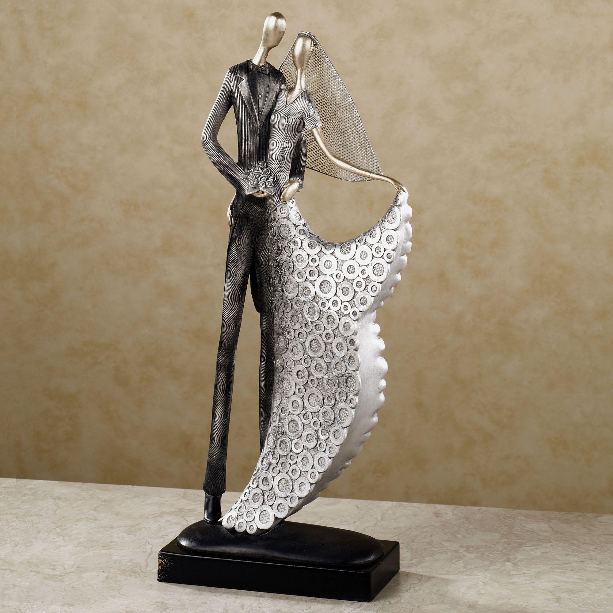 Wedding gift sculptures