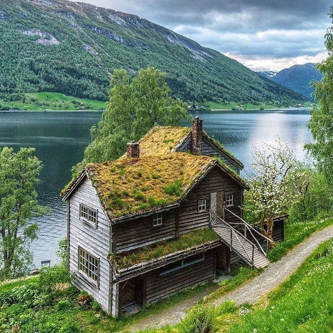 """The glamping land on Instagram """"🏚 Beautiful Norway ⠀ 🎥 Photo ..."""