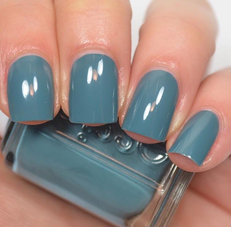 New Nail Polish Colors 2016: Essie - Pool Side Service (2016 Spring Collection)