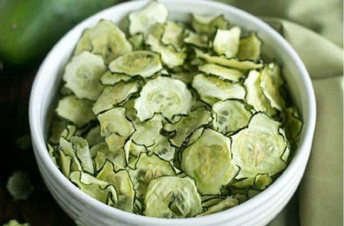 Recette : Chips de concombre au sel et vinaigre