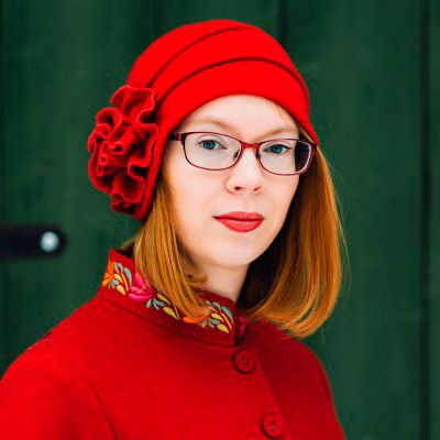 Maria Turtschaninoff - Maria on suomenruotsalainen fantasiakirjailija ja freelancetoimittaja.