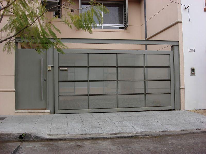 Resultado de imagen para porton corredizos fachadas for Fachada de casas modernas con porton