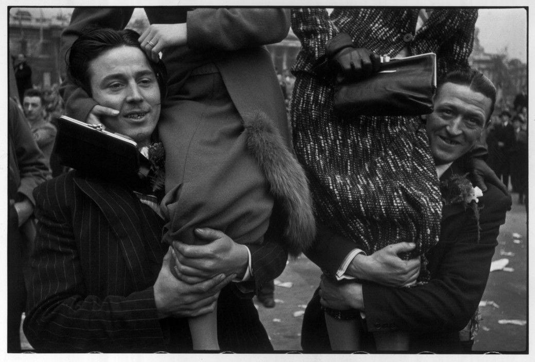 Henri Cartier-Bresson - London. Coronation of George VI. 12th May, 1937.