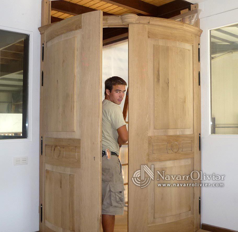 Pre montaje de puertas curvas de madera maciza by for Puertas madera maciza