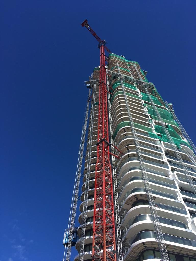 Specialised Crane Builds Facade At Grand Tower Wilbert