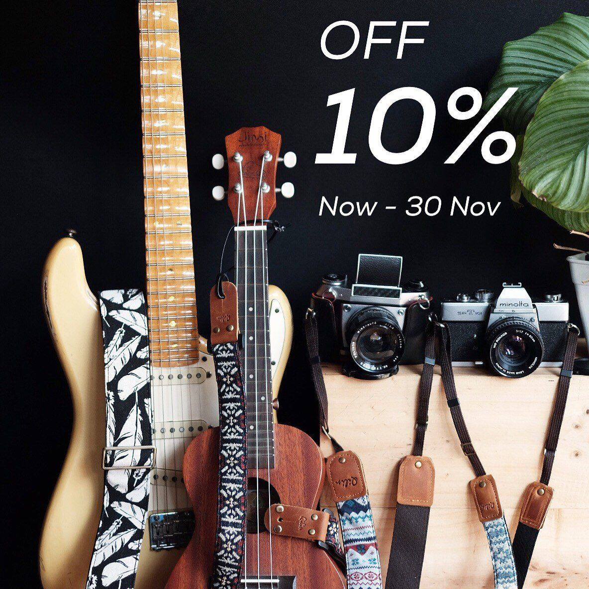 Black Fabric Flower o Guitar Strap Guitarstrap Etsy