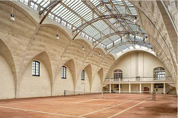 WWW.eTENNISLEAGUE.COM ''A wealthy family living in New York who wanted a sporting pavilion built that they could use commissioned the Rhinebeck court in 1902. The building that the court sits in is magnificent and the facility also houses squash courts, a bowling alley, a shooting range and one of the country's first indoor residential swimming pools!''' #tennis #supertennis #tennisplayer #tennisplayers #tennispro #tennispros #tennisleague photo taken from INSTAGRAM : https://goo.gl/Sco8W2