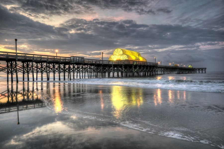 Live Entertainment And Fishing Come Together On The East Coast S Longest Pier Apache Myrtle Beach Dream Vacation