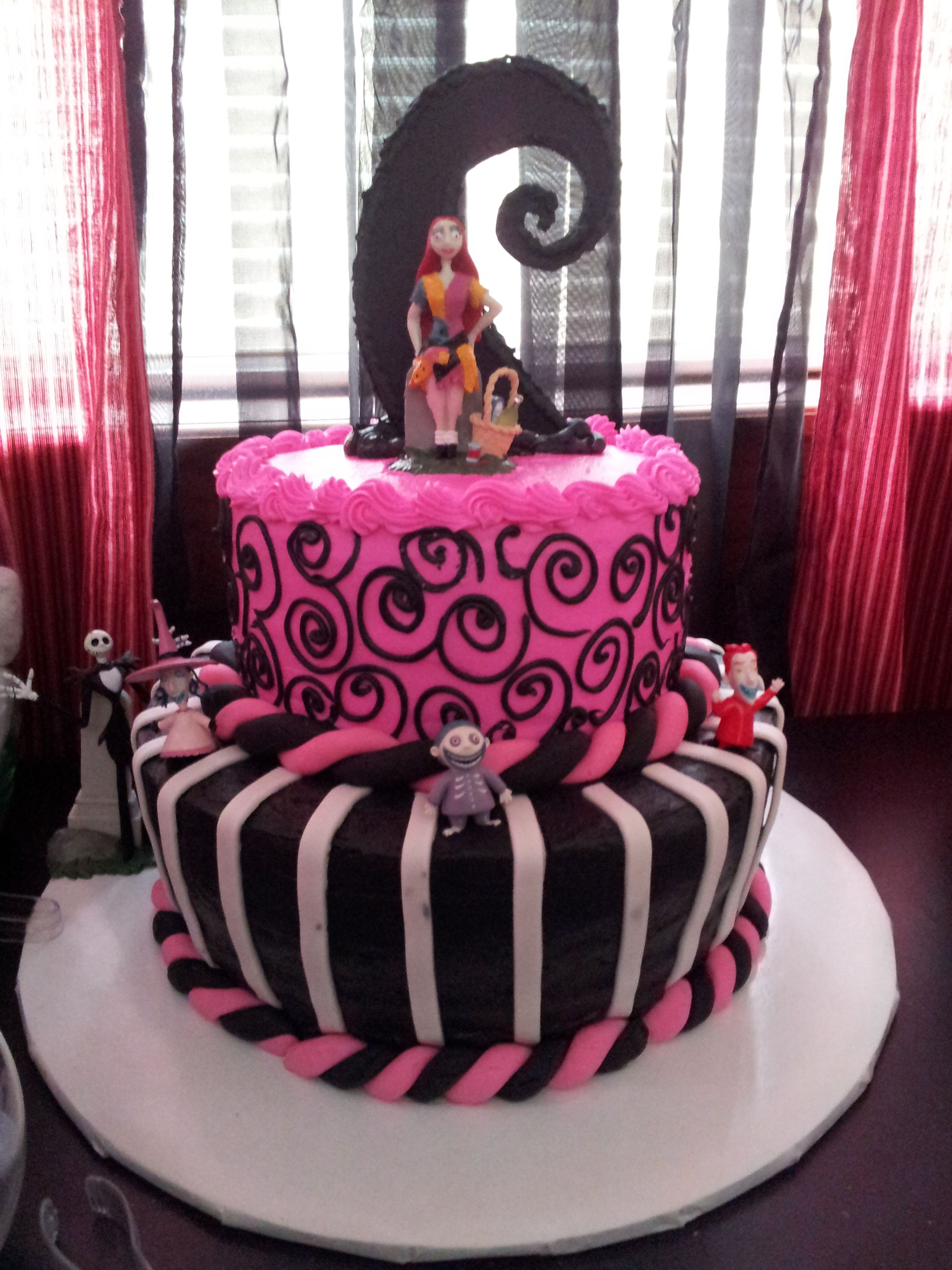 Nightmare before Christmas Baby shower cake | Baby girl ideas ...