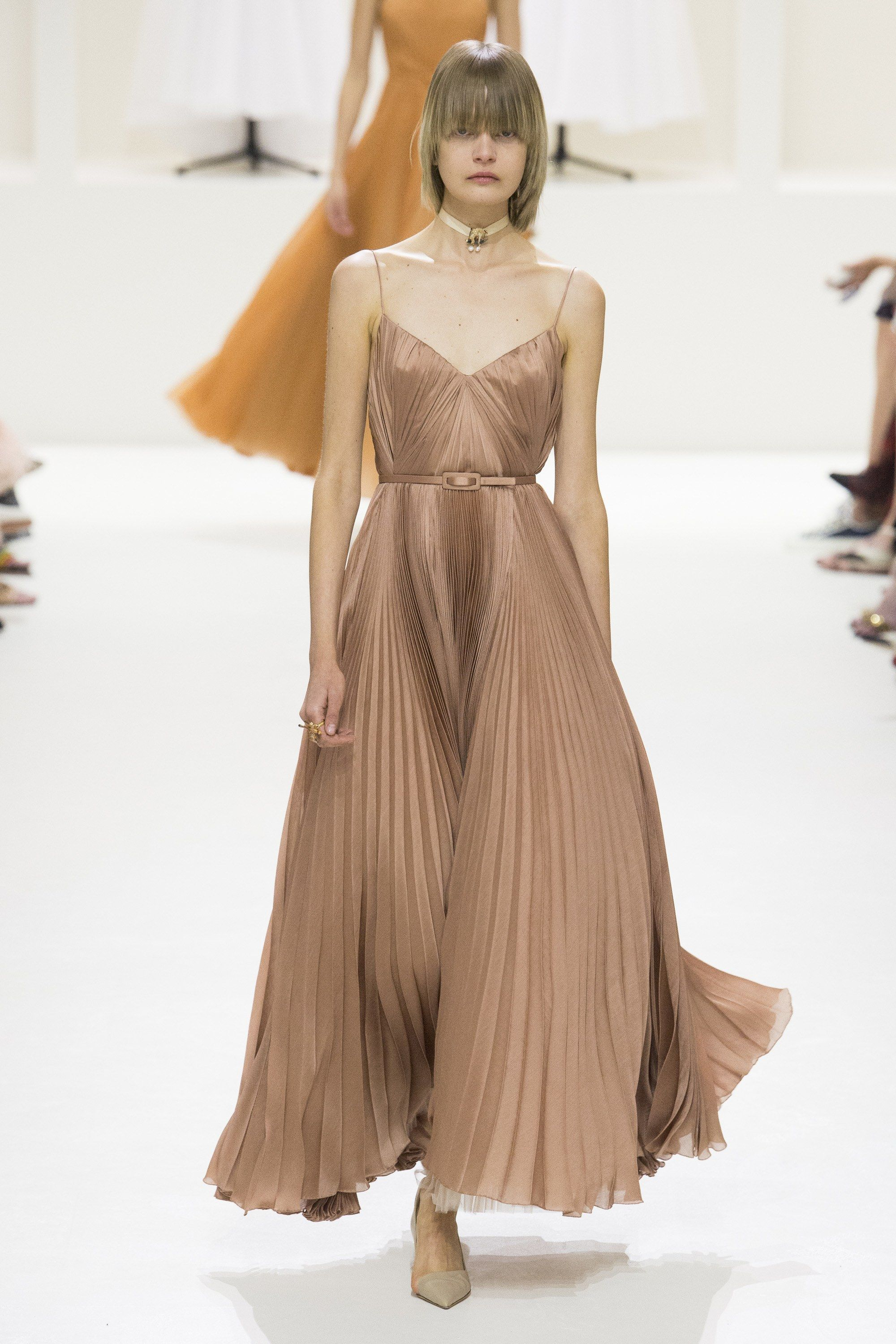 23d071f2fbca Christian Dior Fall 2018 Couture Collection - Vogue
