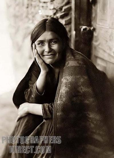 Beautiful Navajo Models Woman With Smile Wred In Traditional Blanket