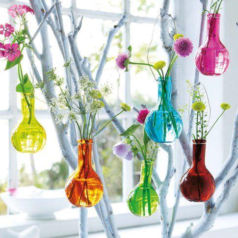 Wer sagt, dass Vasen immer stehen müssen?