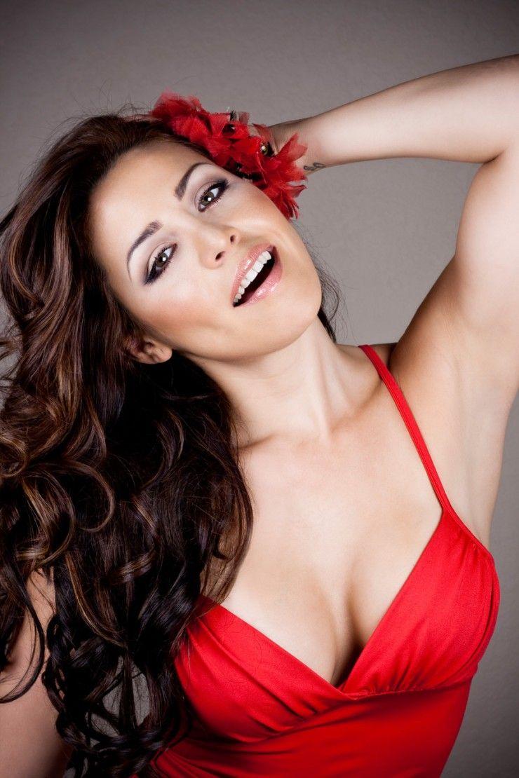 Dayana Garroz Instagram picture of dayana garroz | lady in red, fashion, lady