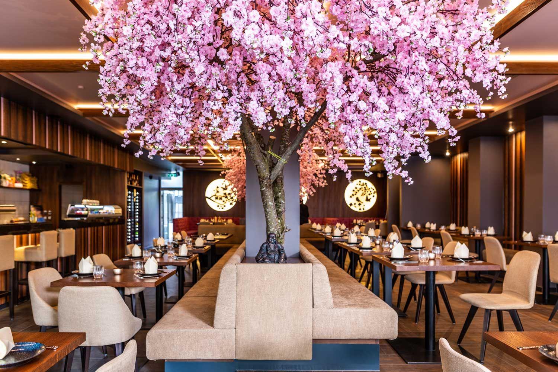 javirestaurantslider1 in 2019 Restaurant, Table