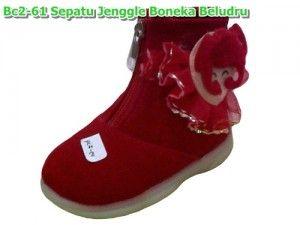 Bc2 61 Sepatu Jenggel Boneka Beludru Warna Pink Merah Ukuran