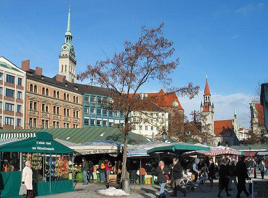 Viktualienmarkt - Munich - Germany  http://www.viktualienmarkt-muenchen.de/