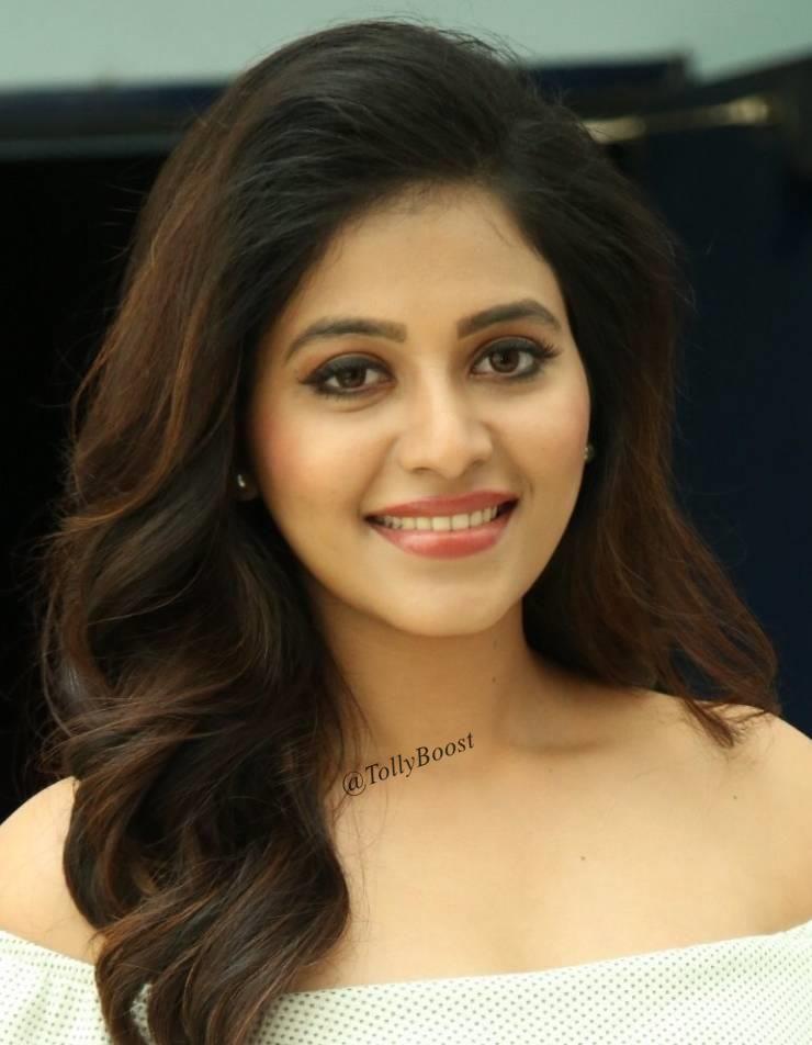 Indian Girl Anjali Hot Without Makeup Smiling Face Closeup Indian Heroine Photo Actresses Beautiful Indian Actress Anjali full hd wallpaper
