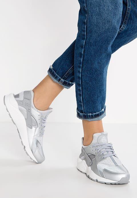98576d6b06cbc Nike Sportswear AIR HUARACHE RUN SE - Sneaker low - metallic silver matte  silver