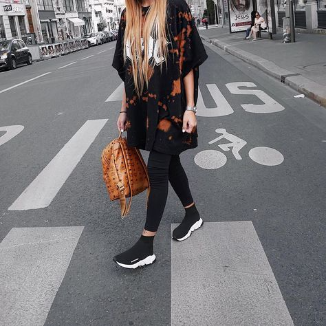 balenciaga speed sneakers outfit