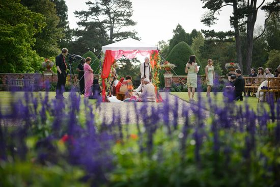 Hindu Ceremony at The Elvetham - Emma Lappin Flowers