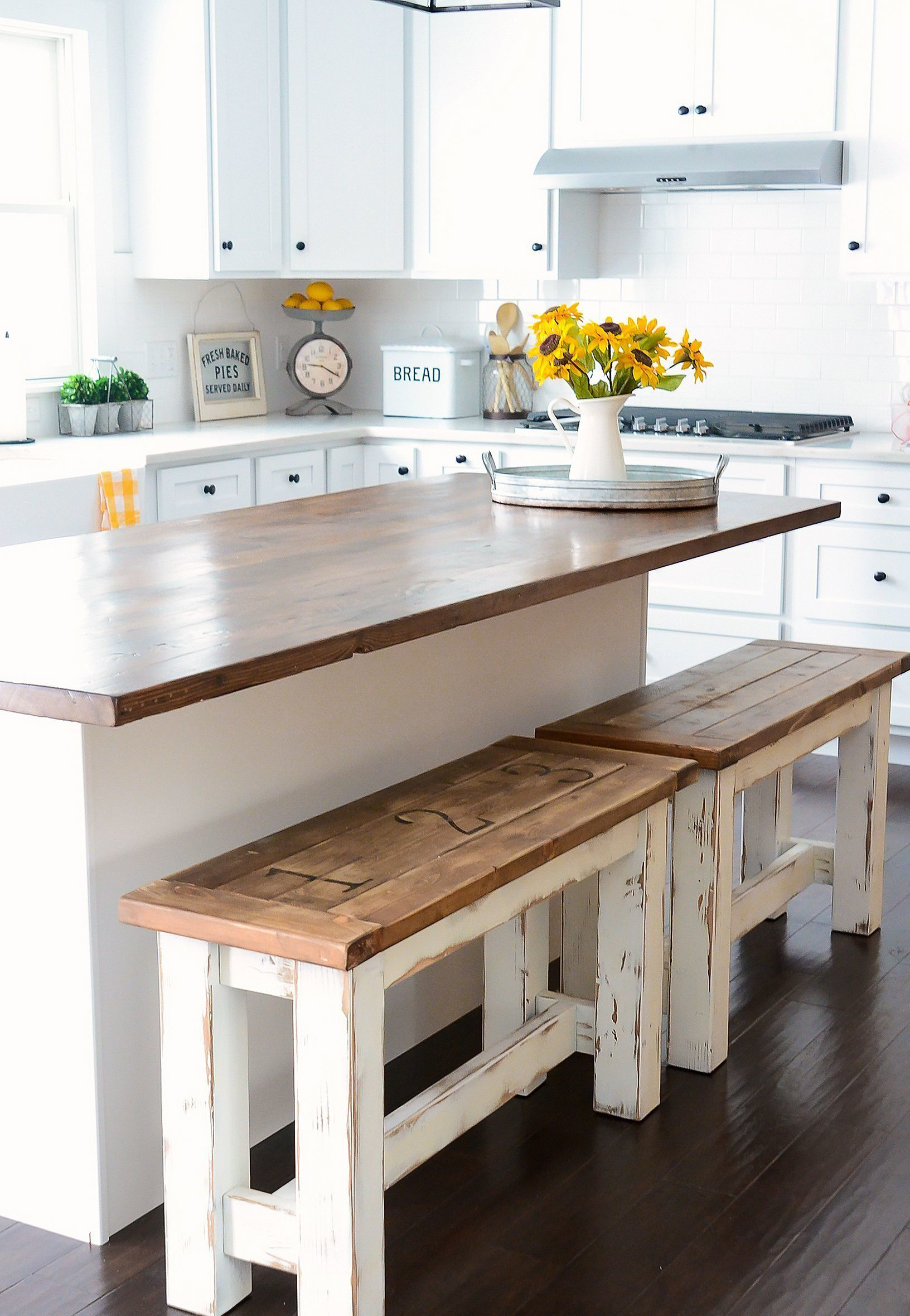 Stunning Master Of Modern Farmhouse Style Decorating Ideas (Item 28)