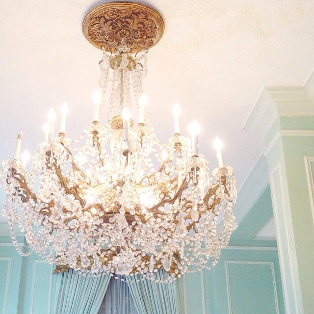 I want to swing from a chandelier iluminados pinterest i want to swing from a chandelier aloadofball Choice Image