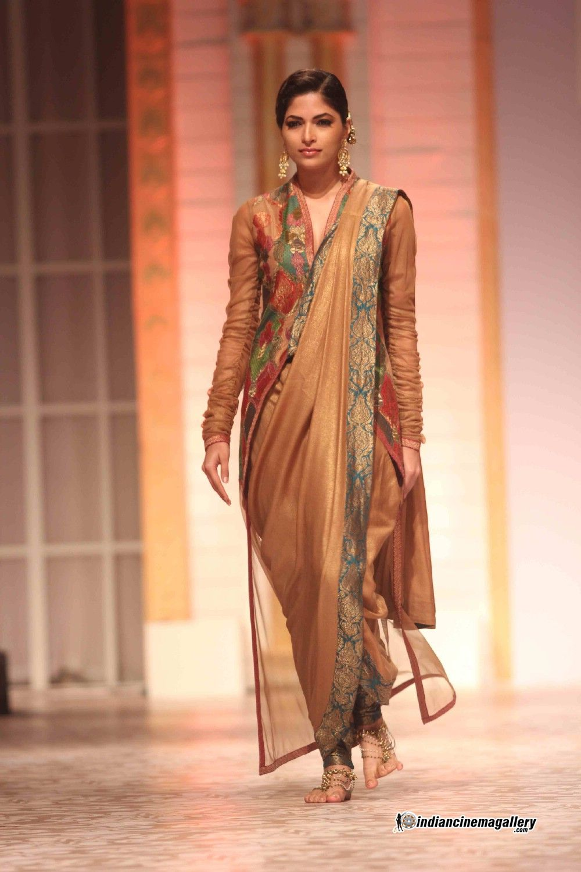 Aishwarya rai wedding dress  Ashima u Leena design  Aamby Valley India Bridal