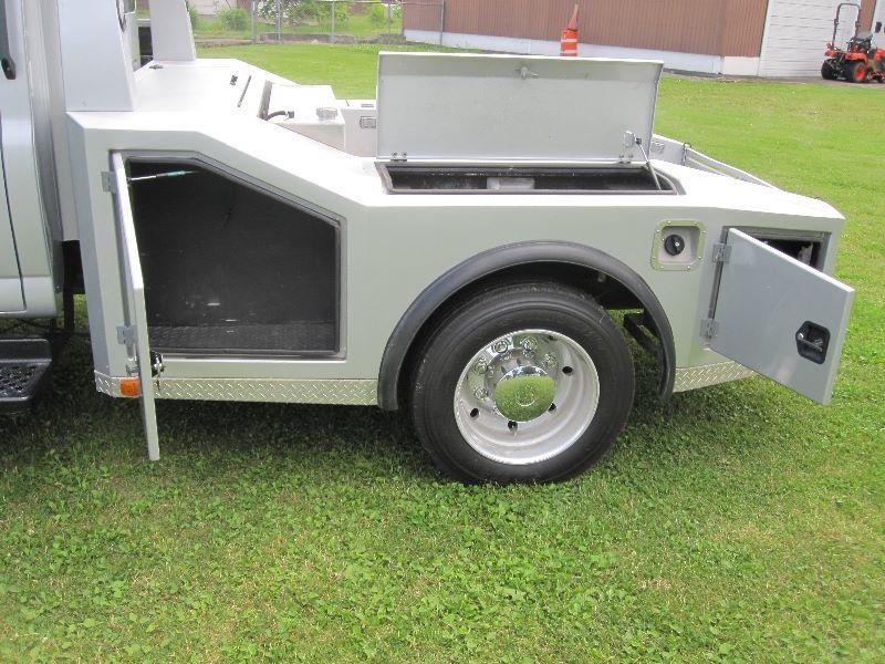 2005 CHEVROLET KODIAK C4500 CREW CAB W/WESTERN HAULER BED