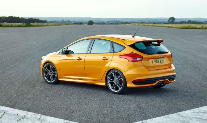 Best Of ford Focus S 2015