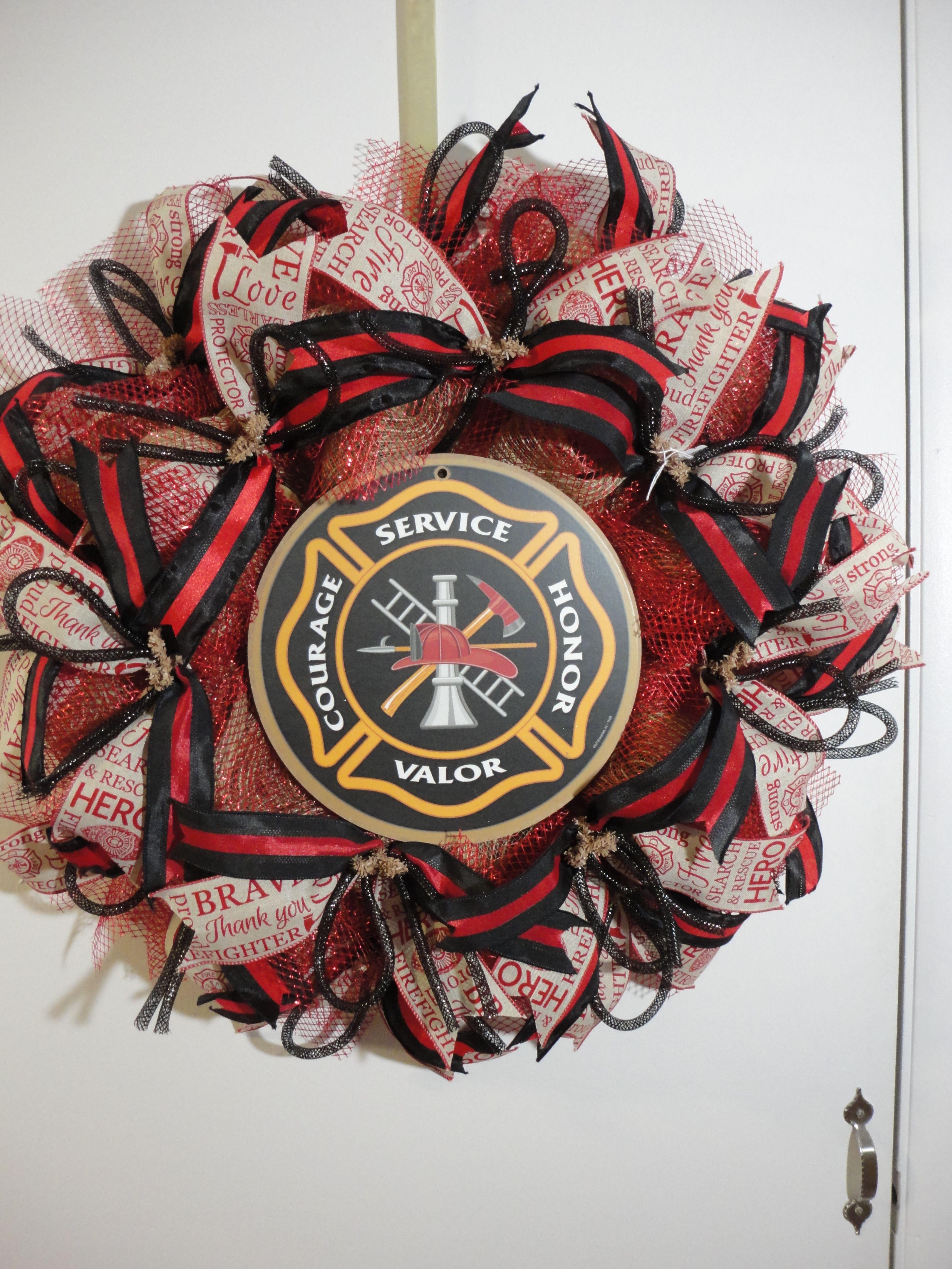 Fireman Wreath , Hero and Life Saver Military wreath